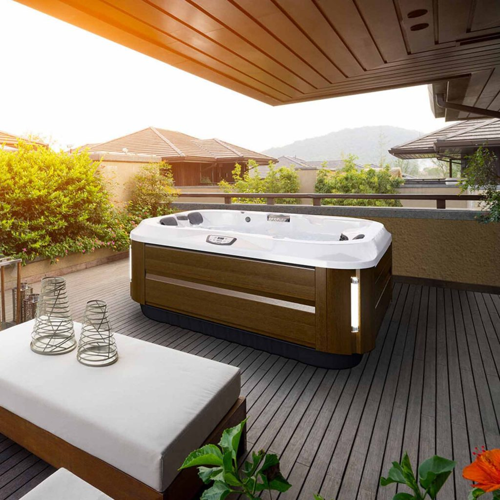 Buy hot tubs in Reno – Shop for the best deals on Jacuzzi hot tubs from authorized dealers near me