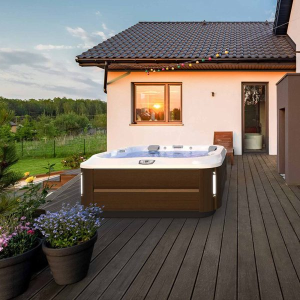 Spa shop near me – Hot Tubs Reno features hot tubs and spas near me
